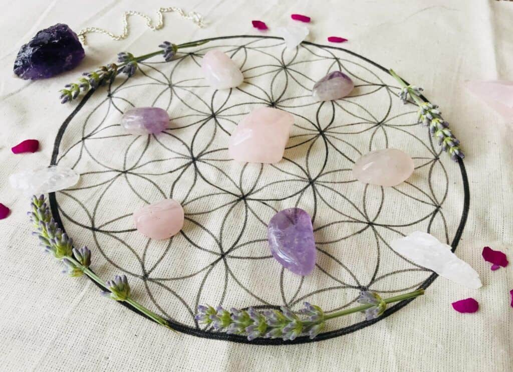 hand drawn crystal grid by surrendertohappiness.com