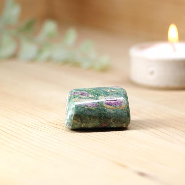 ruby-in-fuchsite-tumblestone